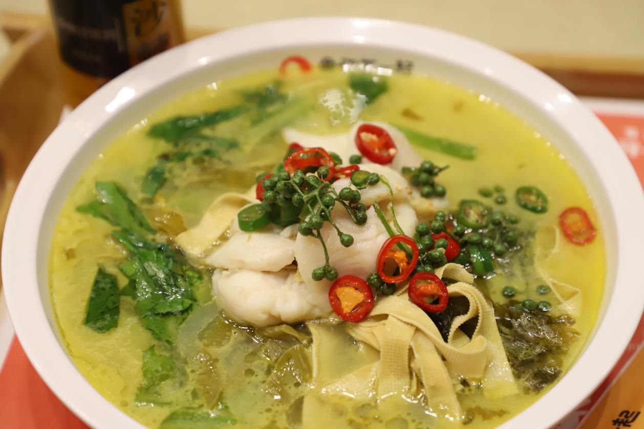 只是偶尔一次,就爱上了鱼你在一起下饭酸菜鱼的味道